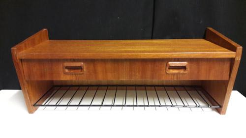 Kampauspöytä 8965 Antiikkiliike Rakkaat Esineet